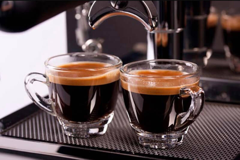 How to Buy the Top 9 Best Espresso Machines Under 2000