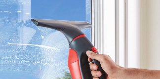 A Guide for Buying the Most Reliable Window Vacuum Cleaner